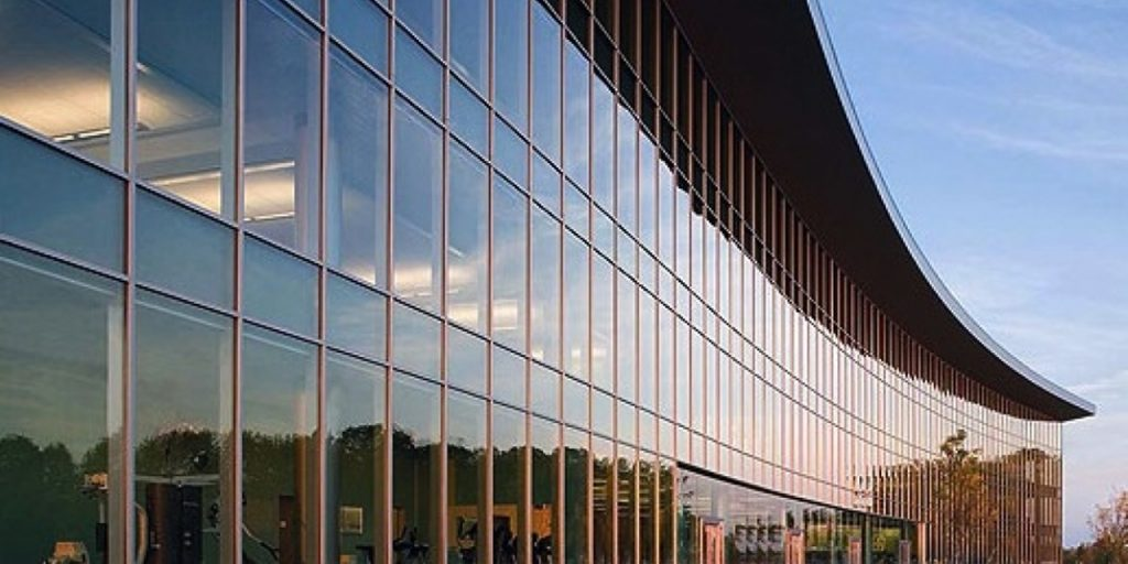 Curtain-Wall-Solo